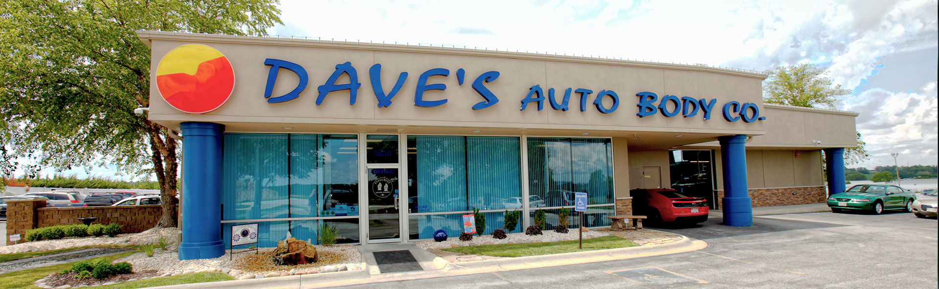Dave's Auto Body Location
